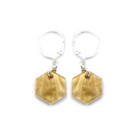Oorringetjes 'Hexagon' in light semolina beige