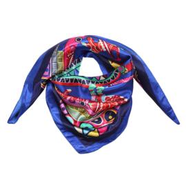 Sjaal met drukke print in kobalt/multi