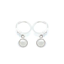 Oorringetjes zilver 'Crystal Glass' in opal white
