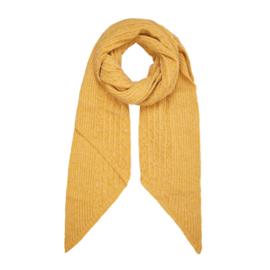 Gebreide sjaal in oker