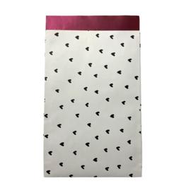Cadeauzakje met hartjes wit/zwart | 12x19cm | 5 stuks