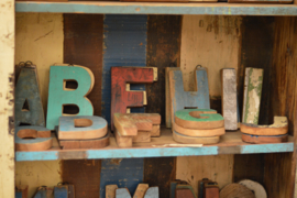 Scrapwood letters India | Otentic Design Decoratieve letters