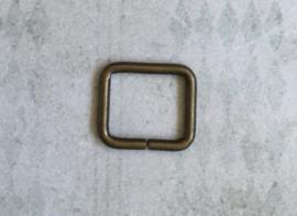 Ringen vierkant 20 mm Bronskleur