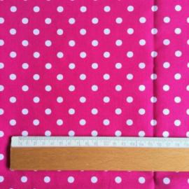 Pink met witte stippen