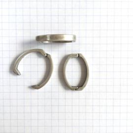 Clip Ovaal  23 mm Zilver Kleur
