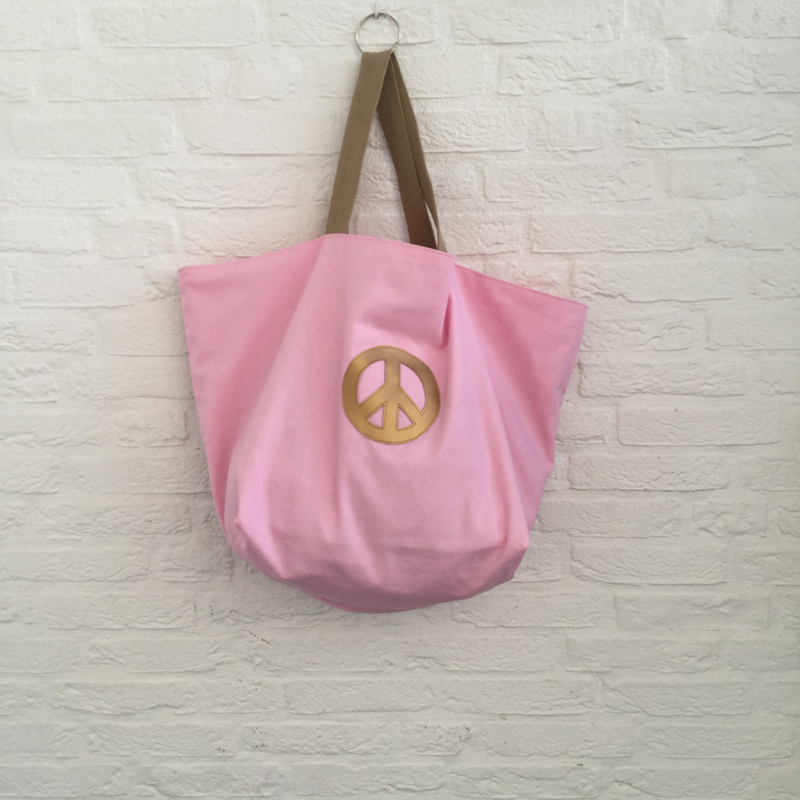 Shopper  L Peace