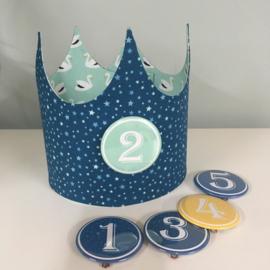 """Verjaardagskroon """"swans mint /blue stars"""""""