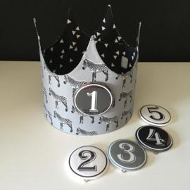 """Verjaardagskroon """"Zebra's grey/triangles black 'n white"""""""