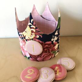 """Verjaardagskroon """"Sakura/pink grid"""""""