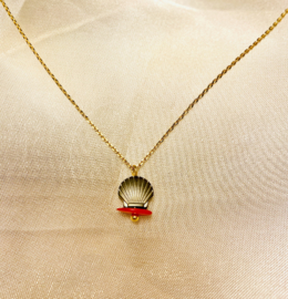The red Sea necklace
