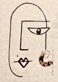 Turtoise hoops earrings