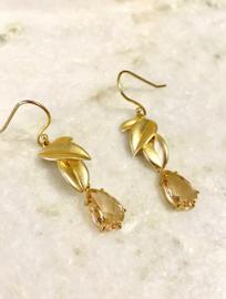 Classic pink earrings