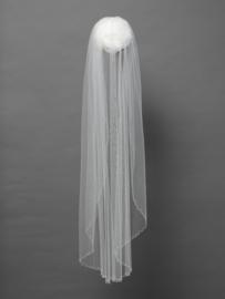 Enkellaagse sluier in soft tule versierd met kraaltjes en strass.