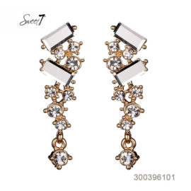 Gold-colored earrings with glass and zirconia