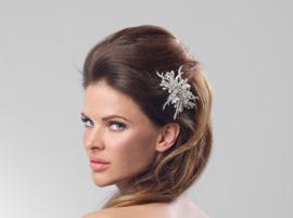 Hannah: sublime hairband of real freshwater pearls, rhinestone crystals, porcelain flowers and crystals on a satin ribbon.