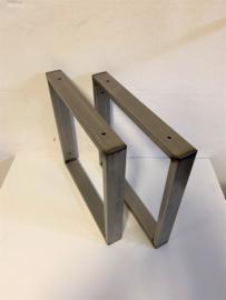Plankdragers wandsteunen staal stoer en industrieel RAW 40x40cm