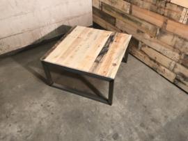 Salontafel vierkant Quatro zwevend met reclaimed wood, stoer & industrieel