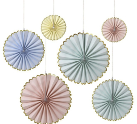 Pastelkleurige pinwheels