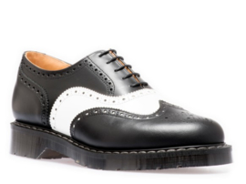 SOLOVAIR  BLACK & WHITE 5 EYE BROGUE SHOE