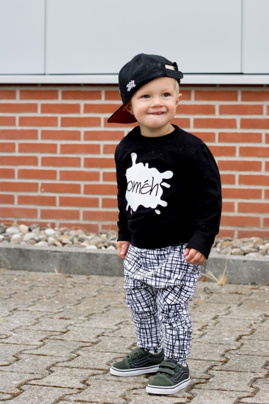 Sweater gepersonaliseerd naam baby | One of it