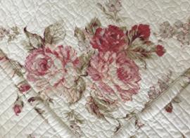 Twee La linge de Jeanne kussenhoezen rozen quilt kussenslopen