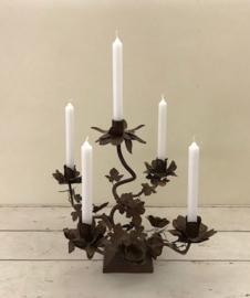 Franse tafelkaarsen kandelaar voor 5 kaarsen floraal ijzerwerk