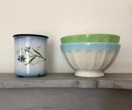 Franse facetkom bowl wit met blauwe rand