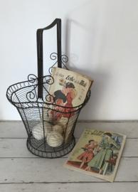 Grote vintage Franse draad ijzeren bloemenmand