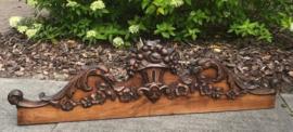 Hoofdbord uit Frankrijk handgestoken eikenhout