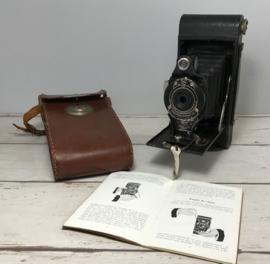 Eastman Kodak Co. no. 2A Folding Cartridge Hawk-Eye model B