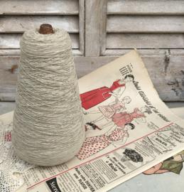 Antieke Franse houten spoel met elastisch garen