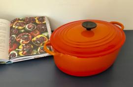 Franse ovale oranje geëmailleerde gietijzeren Creuset braadpan stoofpan