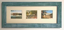 Drie ingelijste afbeeldingen van Avignon in turquoise lijst