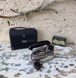 Antiek Calor reis strijkijzertje in origineel koffertje