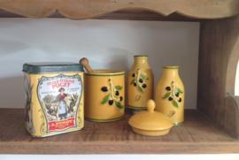 Kruidenblikje van huile d'olive Puget