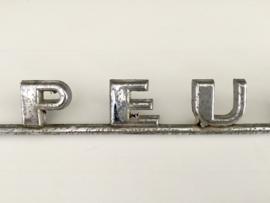 Peugeot chroom logo monogram