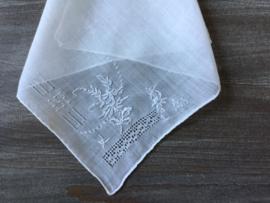 Brocante zakdoekje in zeer goede staat