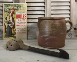 Antieke Franse olijvenlepel robuust en ambachtelijk