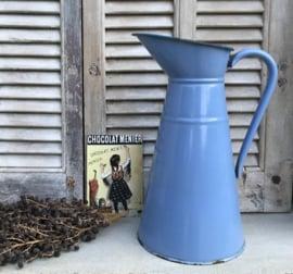 Franse blauw geëmailleerde lampetkan