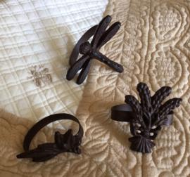 Zes ijzeren servet ringen uit de Provence