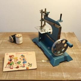 Franse turquoise metalen kindernaaimachine
