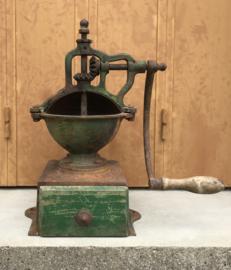 Peugeot Frères gietijzeren koffiemolen brevetée A2 1890