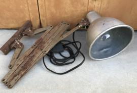 Industriële stoere schaarlamp met aluminium kap