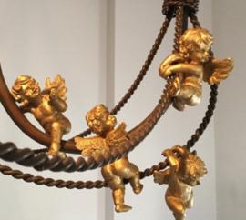 Frans gouden beeldje engel  (hars) om op te hangen