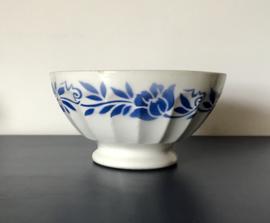 Digoin Sarreguemines café au lait bowl kom spoelkom blauwe bloemen