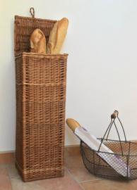 Franse rieten stokbroodmand hoog staand model