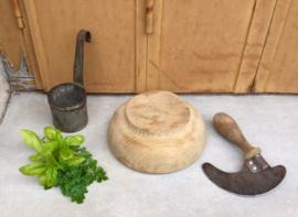 Vijzel hout met bijltje, hachinette uit Frankrijk 1940