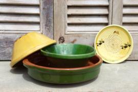 Terracotta / groene aardewerk schotel