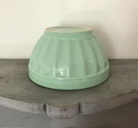 Franse pastel groen geschulpte bowl spoelkom kom