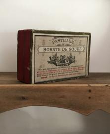 Antieke medicijndoosjes, kokertjes, flesje etcetera